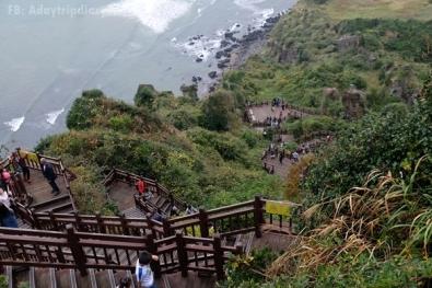 ทางเดินลง Seongan Itchulbong peak