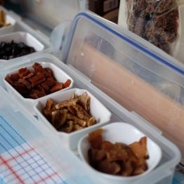 ผักดองคุณป้ามีขายหลายอย่า / Water Garden organic Farmers Market, ไทเป ไต้หวัน