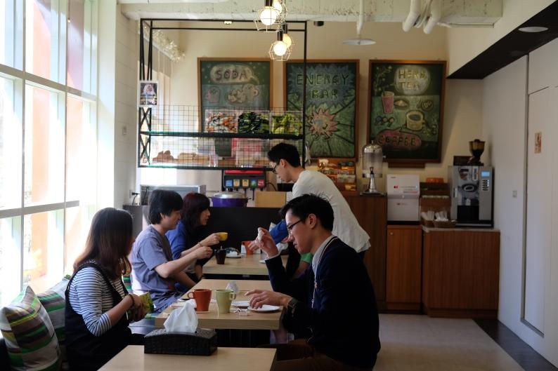 มุมล็อบบี้และอาหารเช้า Via Hotel Ximending, Taipei