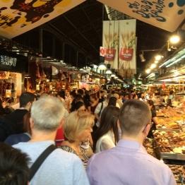 ตลาด La Boqueria บาร์เซโลน่า สเปน