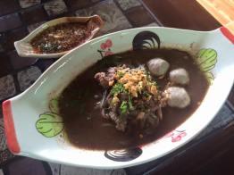E: Tee Noi Boat Noodle (ก๋วยเตี๋ยวเรือตี๋น้อย)